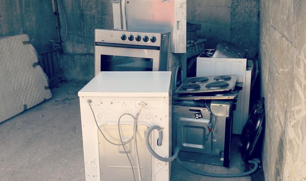 Diese Elektrogeräte sind für den Second-Hand-Markt verloren, weil mit ihnen nicht sorgsam genug umgegangen wurde - Foto: NABU/B. Bongardt
