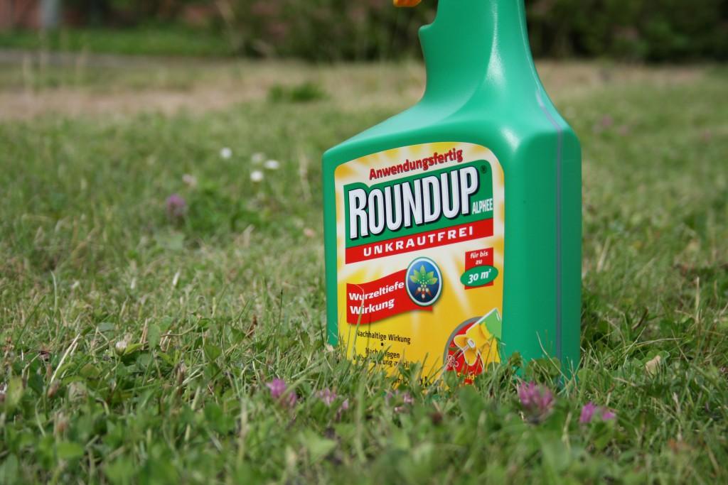 """Unkrautvernichtungsmittel """"Round-Up"""" - Foto: NABU/E.Neuling"""