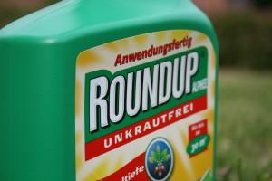 """Unkrautvernichtungsmittel """"Round-Up"""" - Foto: NABU/ E.Neuling"""