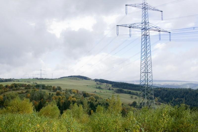 Stromtrasse durch den Thüringer Wald