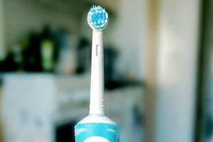 Elektrische Zahnbürste: Foto: Michael Dommel