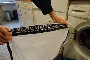 Waschbeutel zum Auffangen von Mikroplastik