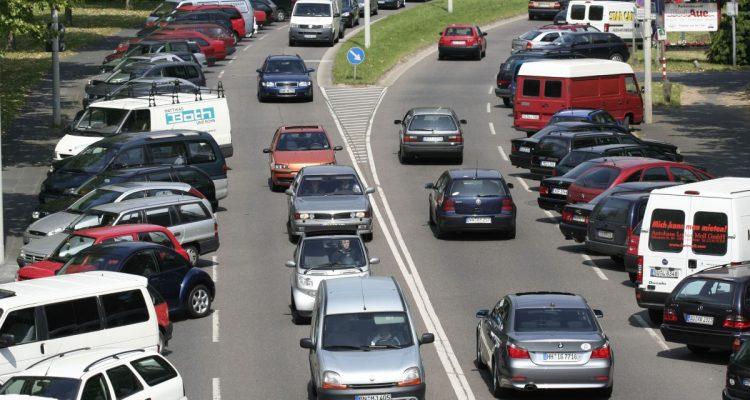 CO2-Ausstoß von Neuwagen – verfrühtes Weihnachtsgeschenk an die Automobilindustrie