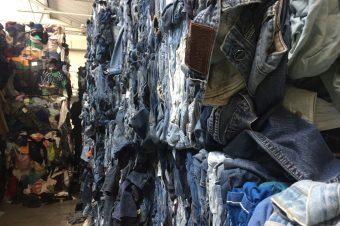 Textilrecycling - Foto: Verena Bax