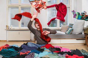 Wegwerfprodukt Kleidung