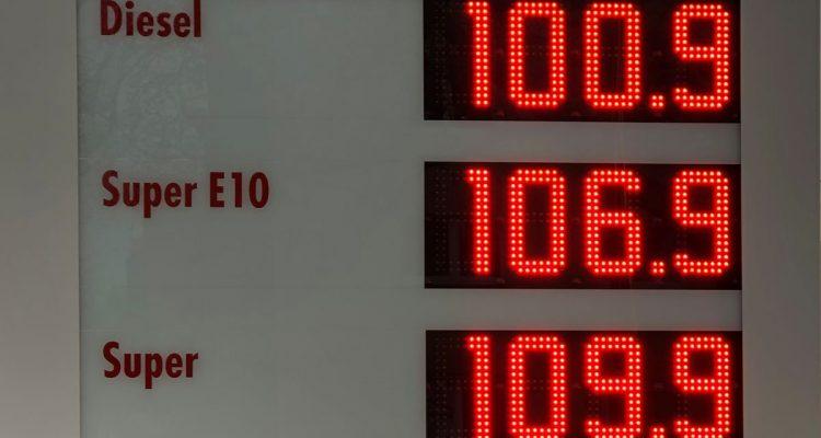 """""""Der Benzinpreis darf nicht steigen!"""""""